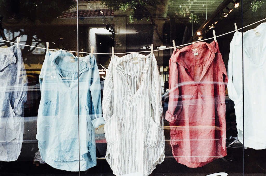 shirt dry cleaning in Singapore, laundry services, free pick-up and delivery, lowest price